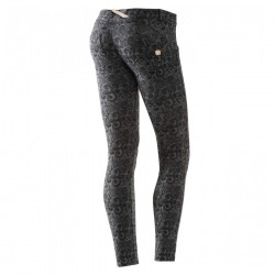 pantalones Freddy Wr.Up 7/8 diseño mujer
