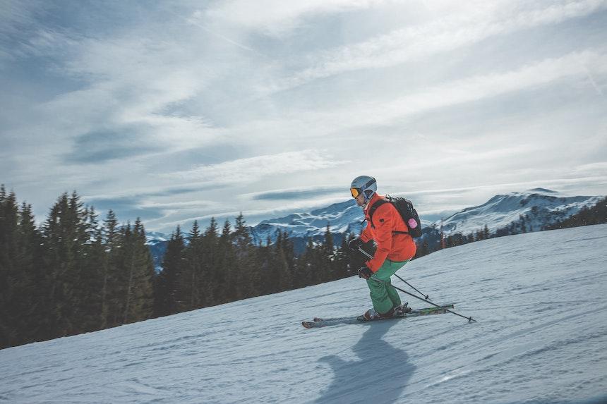 Caratteristiche dell'abbigliamento tecnico da sci