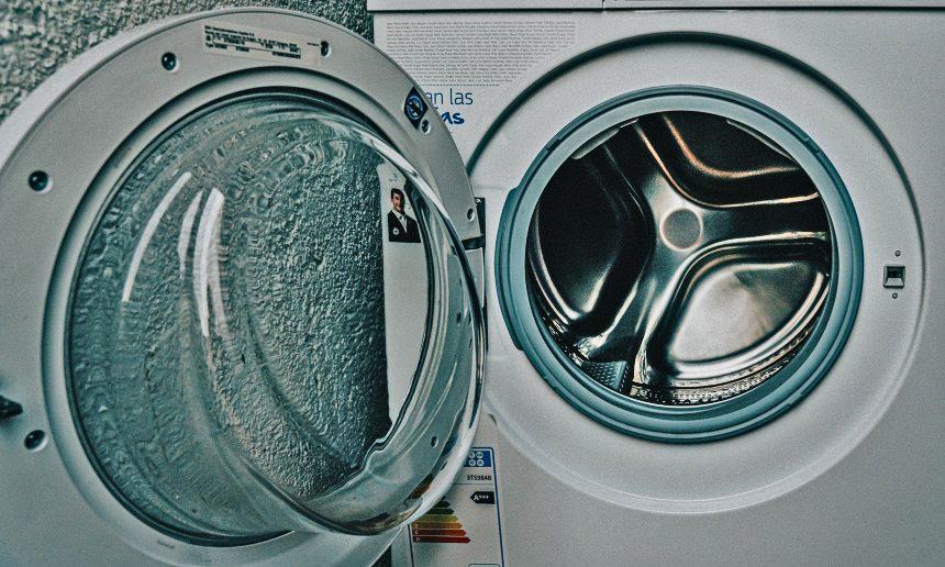 lavare la tuta da sci in lavatrice