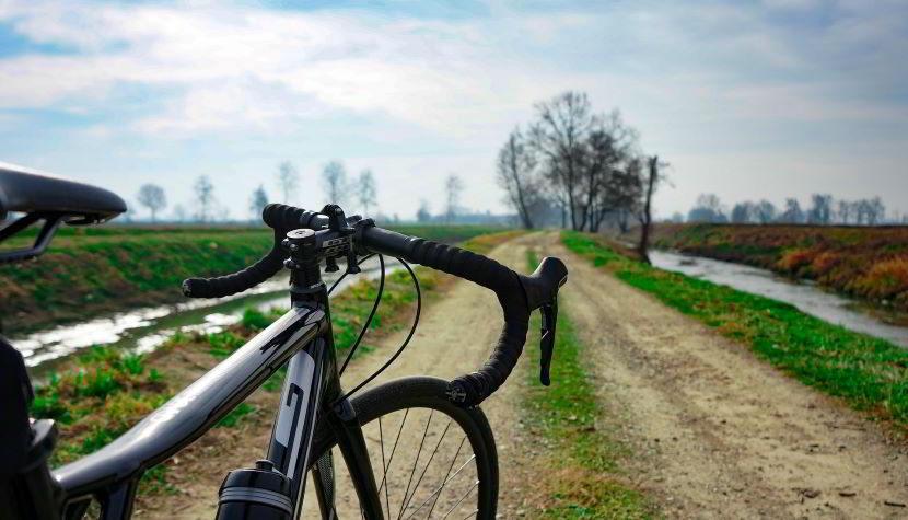 Trasformazione da bici da corsa a gravel: pro e contro.